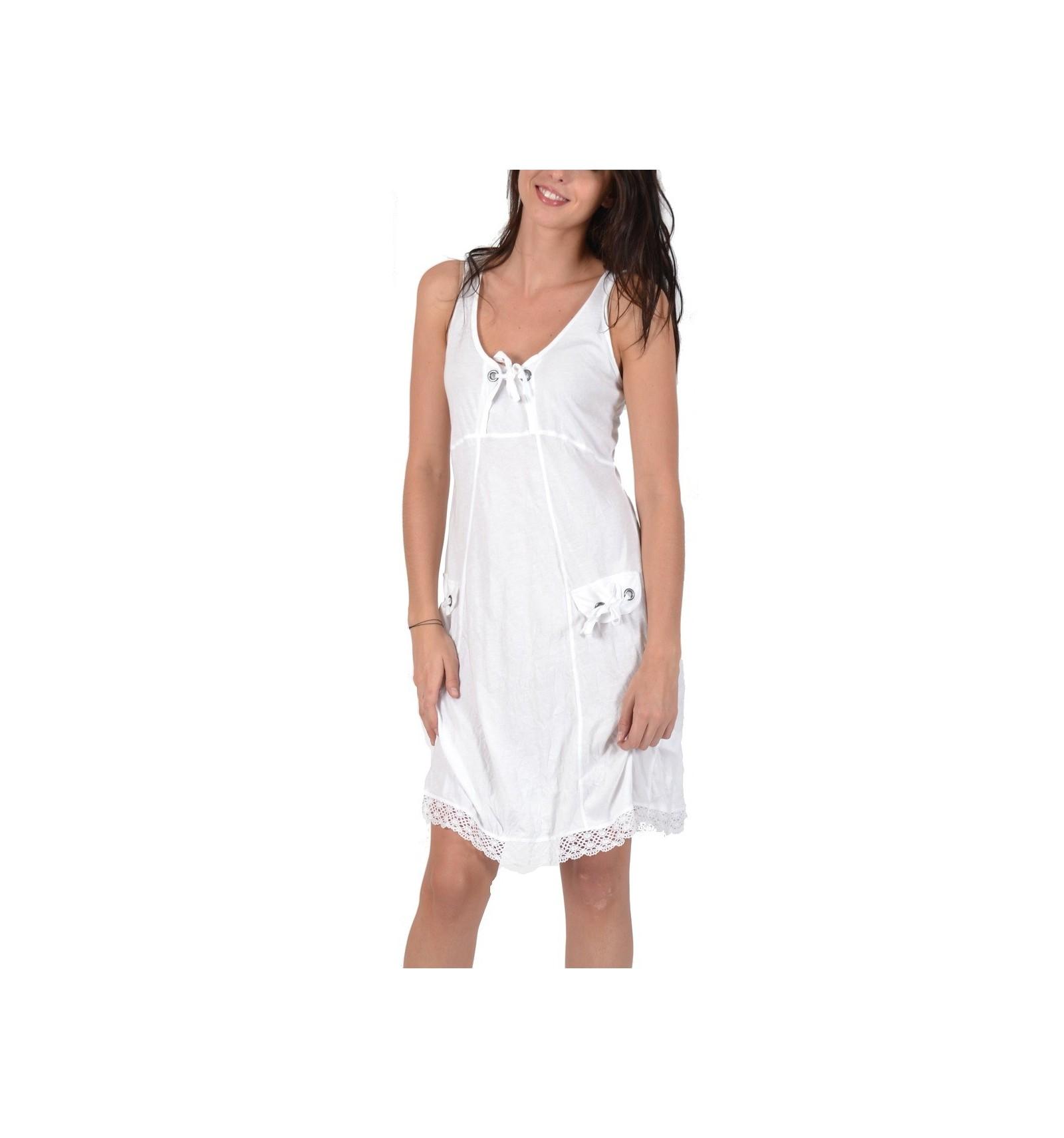 1bc03ca3008 Robe courte en coton Maloka couleur blanche - Mode-Lin.com